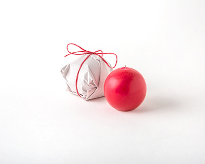 Red Ball Candle