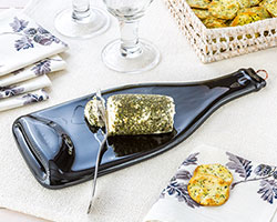 Recycled Glass Wine Bottle Server with Spreader