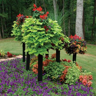 Basket On Wooden Post Planters On Columns Kinsman Company