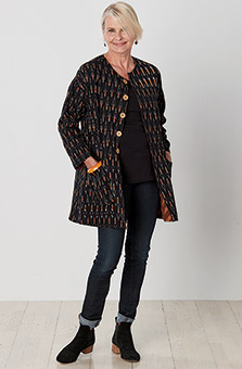 Reversible Nalanda Jacket - Brandy/Black