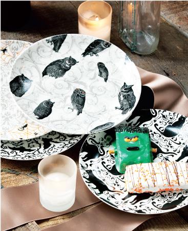 Vintage Halloween Plates
