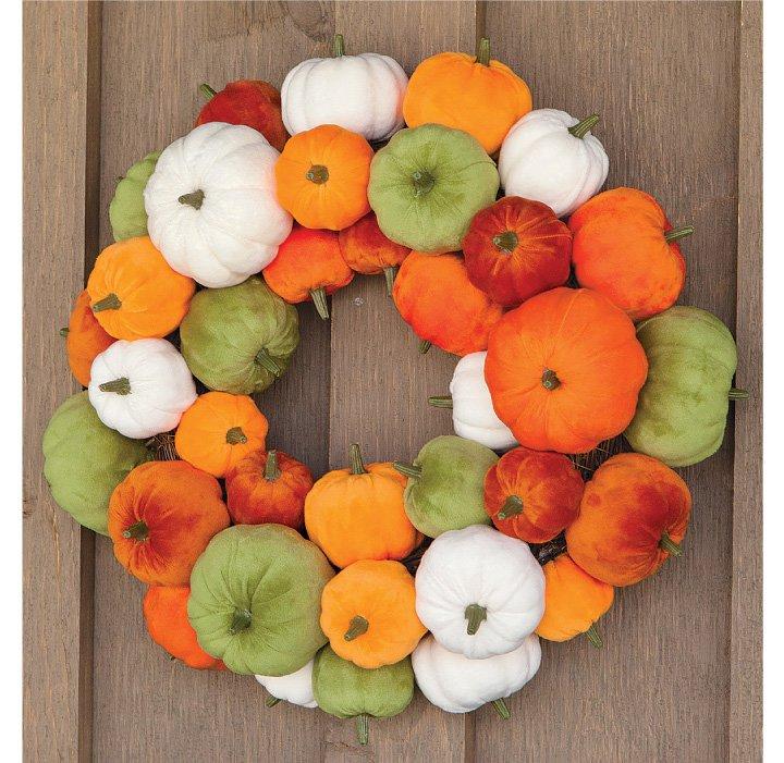 Velvety Pumpkin Wreath