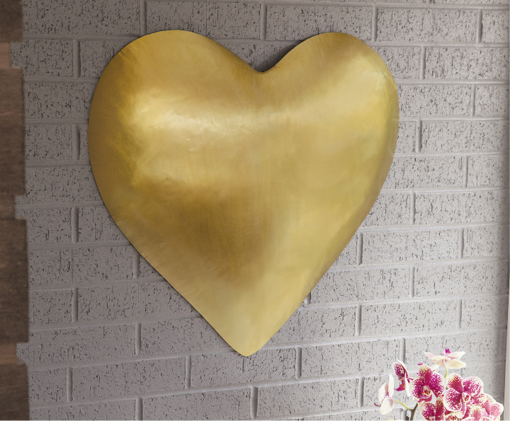 From Your Heart to Theirs: Bold Heart Decor Theyll Adore