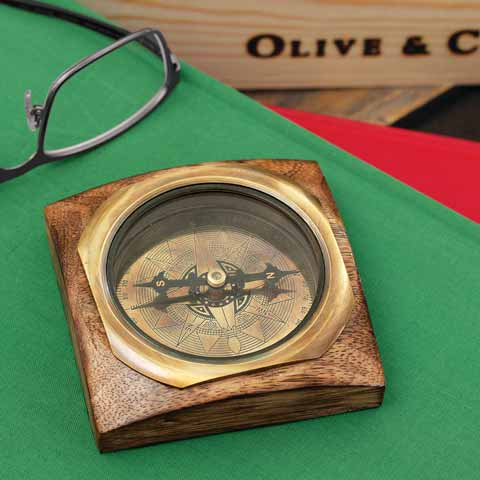 Ever Northward Desk Compass