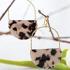 Natalie Tortoise Earrings
