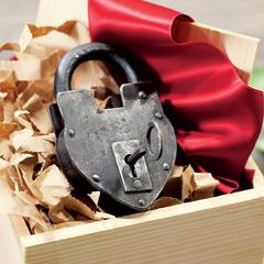 Parisian Love Lock & Key
