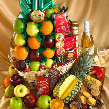 Deluxe Fruit and Gourmet