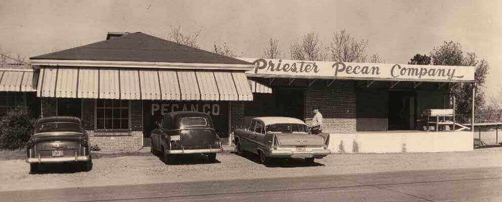 Priester's Pecans Store Front