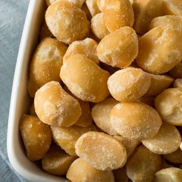 Roasted and Salted Macadamia Nuts