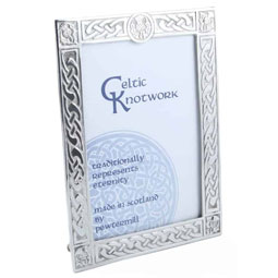Thistle Frame in Pewter - 6 x 4 inches