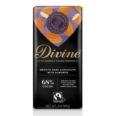 68% Dark with Almonds Large Bar Case