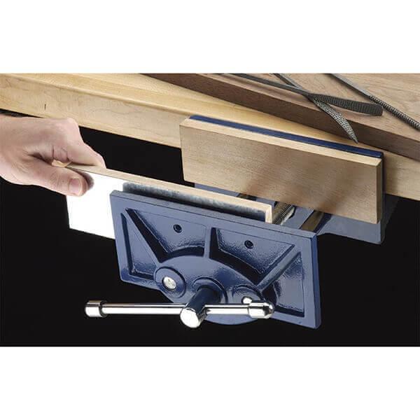 Shop Fox 1 x 4 Inch Magnetic Wood Vise Jaw Pads D3128
